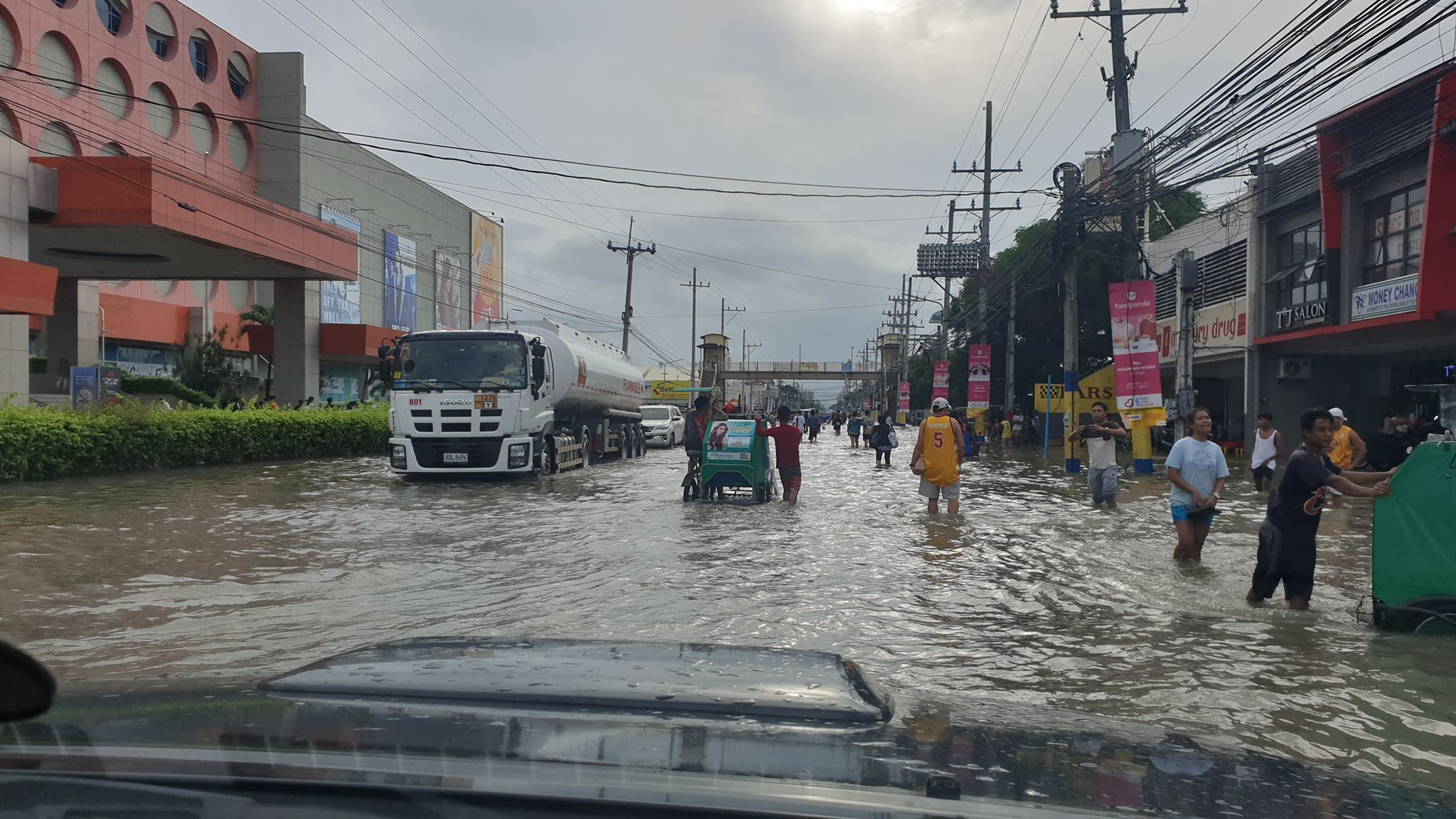 Big Flood on Main Road in Bacoor City